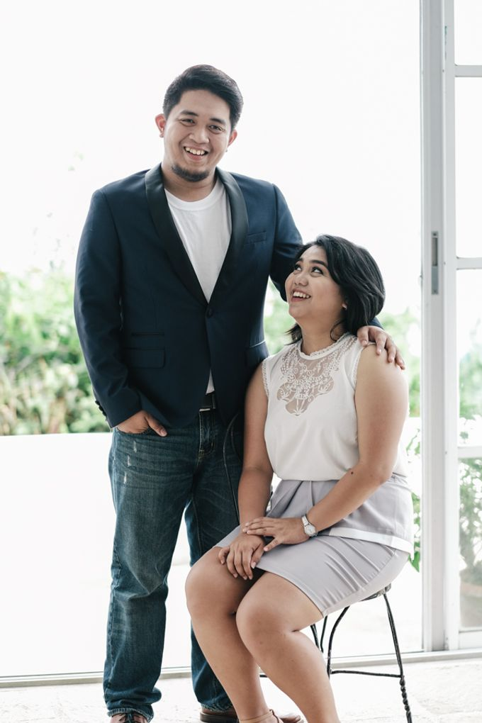 JESTONI AND ROSELLE ENGAGEMENT SESSION by Vintanna Photography - 032