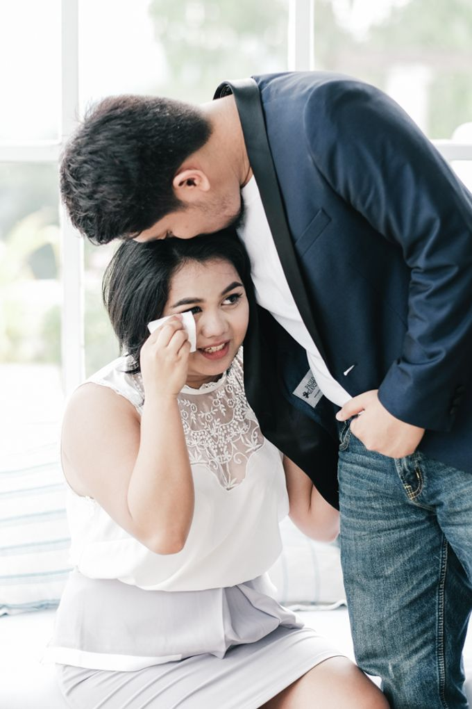 JESTONI AND ROSELLE ENGAGEMENT SESSION by Vintanna Photography - 034