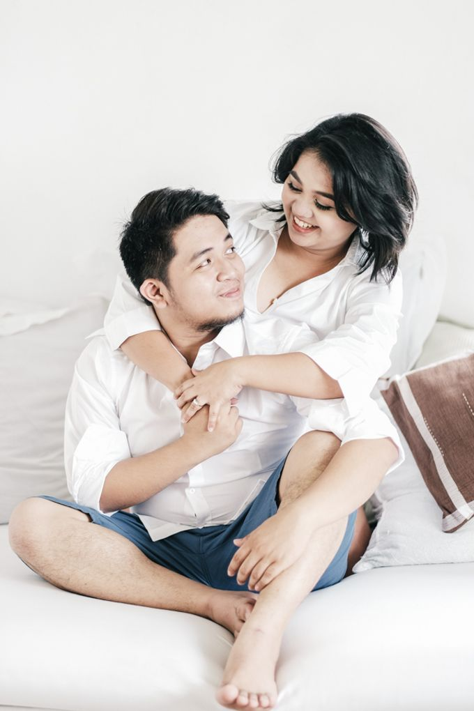 JESTONI AND ROSELLE ENGAGEMENT SESSION by Vintanna Photography - 042