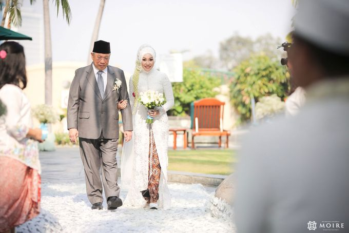 Traditional Wedding Karina & Yona by Sheraton Surabaya Hotel & Towers - 015