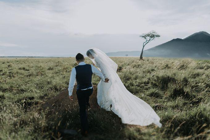 Elopement in Masai Mara Kenya by Tu Nguyen Wedding - 001