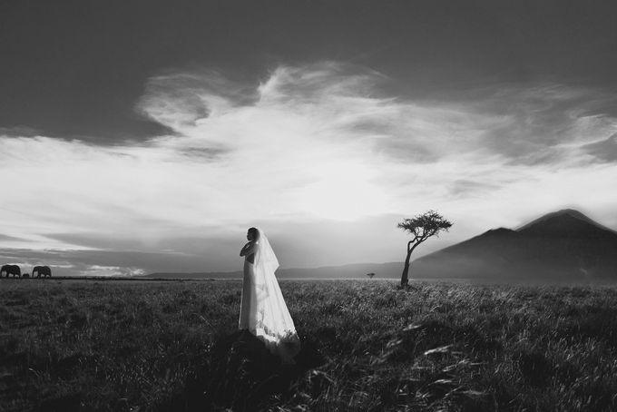 Elopement in Masai Mara Kenya by Tu Nguyen Wedding - 003