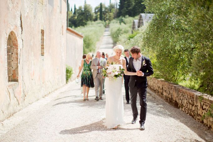 A rustic Tuscan wedding by Caught the Light - 006