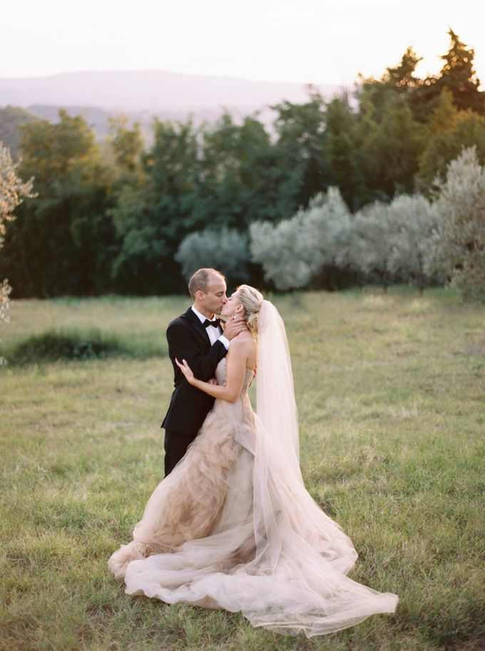 Tuscan Wedding by Katie Grant Photography - 028