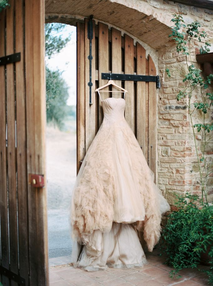 Tuscan Wedding by Katie Grant Photography - 010