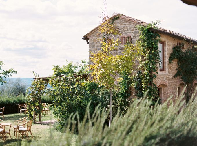 Tuscan Wedding by Katie Grant Photography - 002