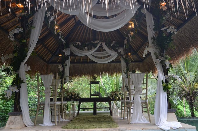 Ubud hanging garden by d'Oasis Florist & Decoration - 001