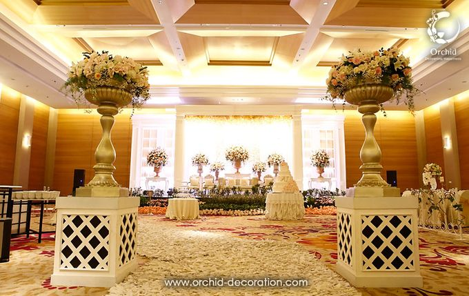 The Sweetest Moment by Orchid Florist and Decoration - 010