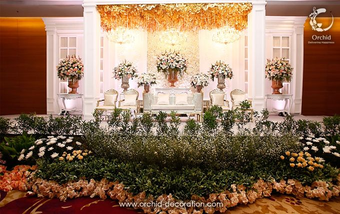 The Sweetest Moment by Orchid Florist and Decoration - 011