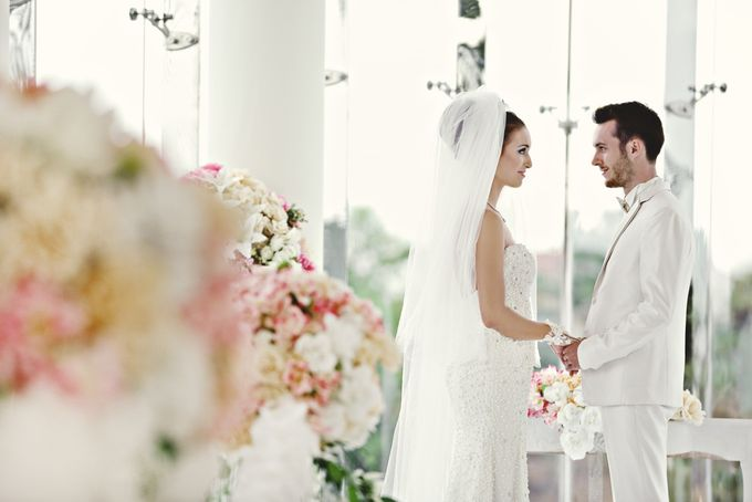 The Wedding Chapel by Ciputra Golf, Club, & Resto - 008