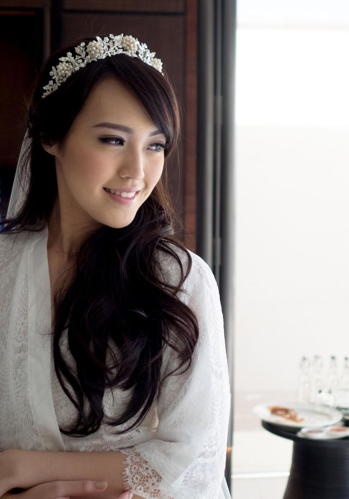 Vania Larissa & Wilson Pesik Wedding by Lona Makeup - 001