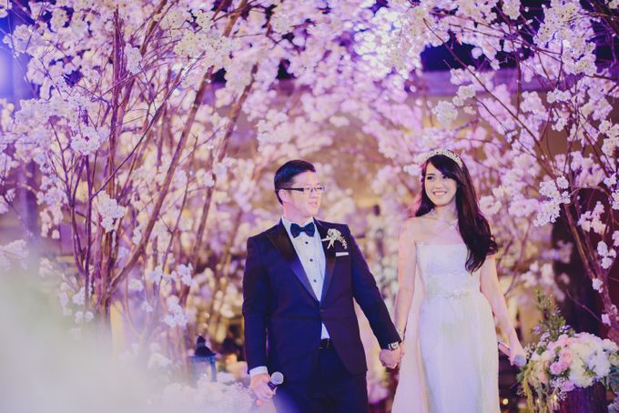 Vania Larissa & Wilson Pesik Wedding by Lona Makeup - 006
