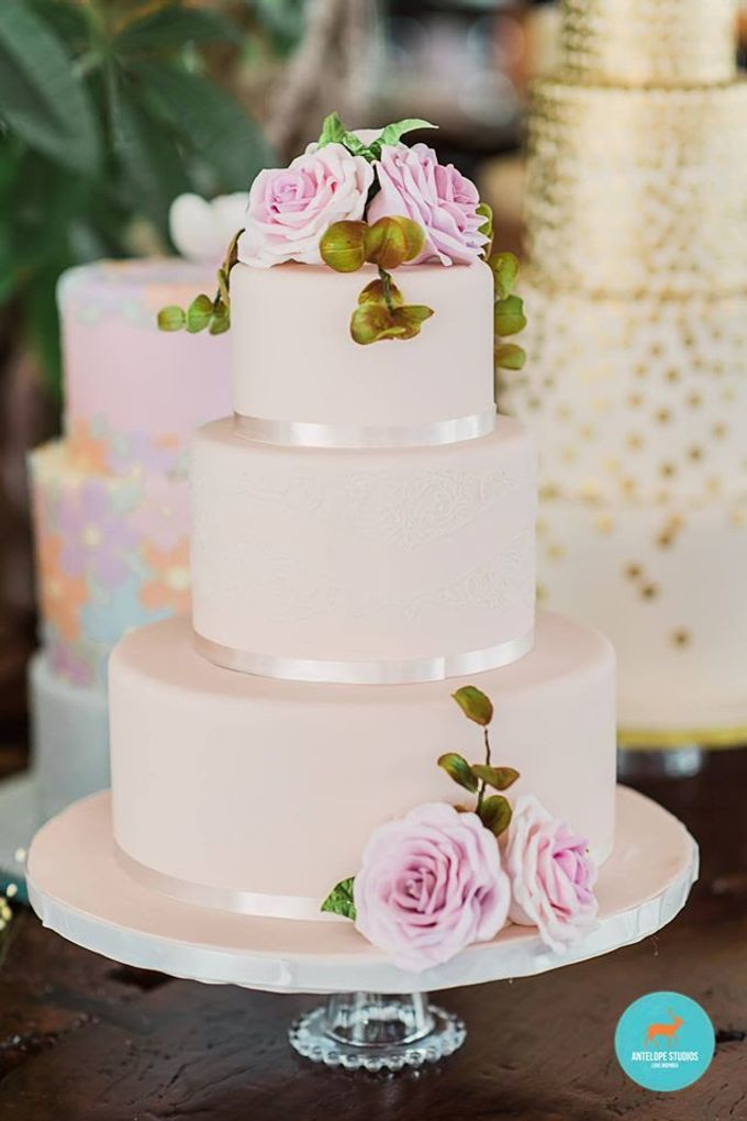 Wedding Cake Rental by Cakeinspiration  LPP - 002
