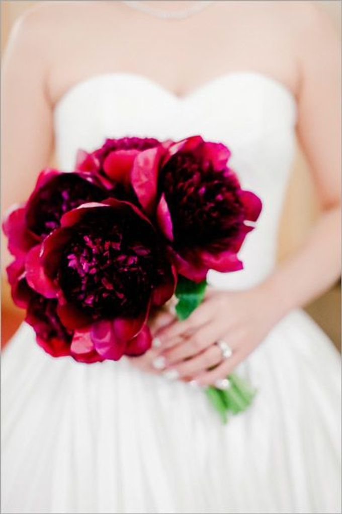 SPELLBOUND WEDDING BOUQUET by Spellbound Weddings - 008