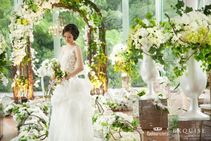 Exquise Gowns for Padma Bandung Wedding Video Project by Exquise Gowns - 001