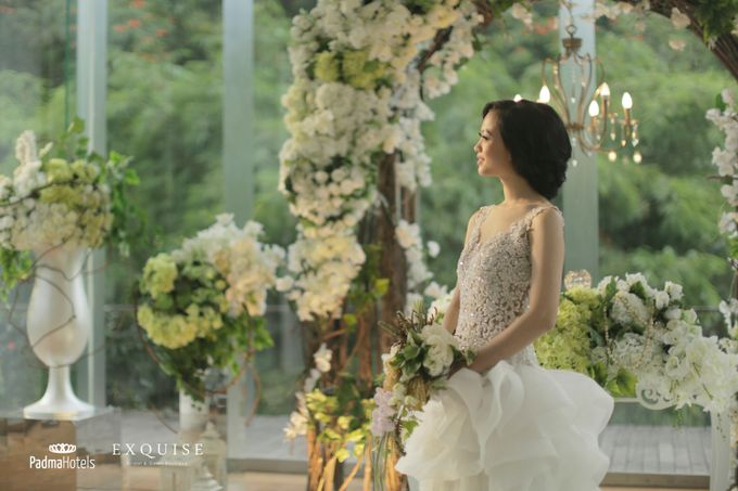 Exquise Gowns for Padma Bandung Wedding Video Project by Exquise Gowns - 007