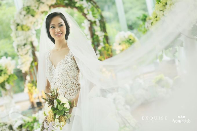 Exquise Gowns for Padma Bandung Wedding Video Project by Exquise Gowns - 004