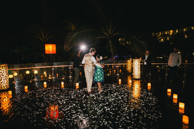 Beach Wedding and Dance the Night Away Under the Stars by W Bali - Seminyak - 004