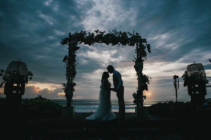 Beach Wedding and Dance the Night Away Under the Stars by W Bali - Seminyak - 008