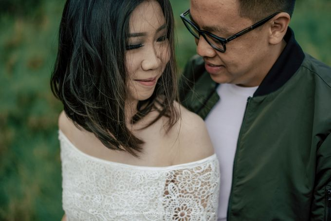 Tasya & Mario Prewedding Session by Thepotomoto Photography - 036