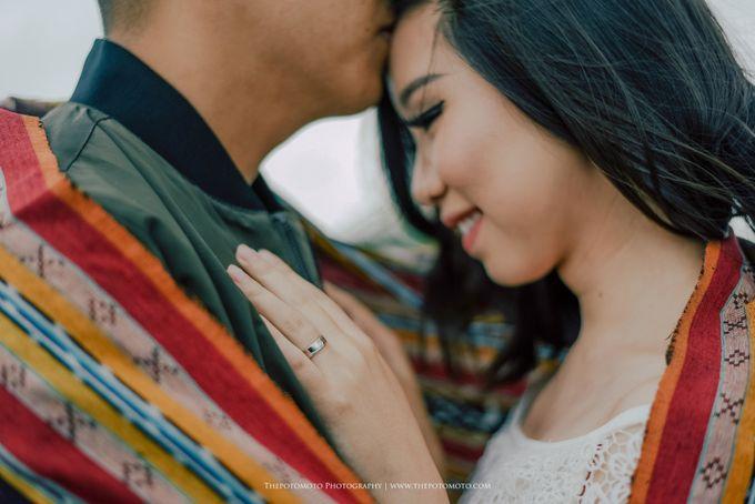 Tasya & Mario Prewedding Session by Thepotomoto Photography - 030