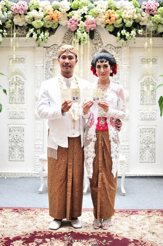 The Wedding of Rizqi & Diar by The Wagyu Story - 020