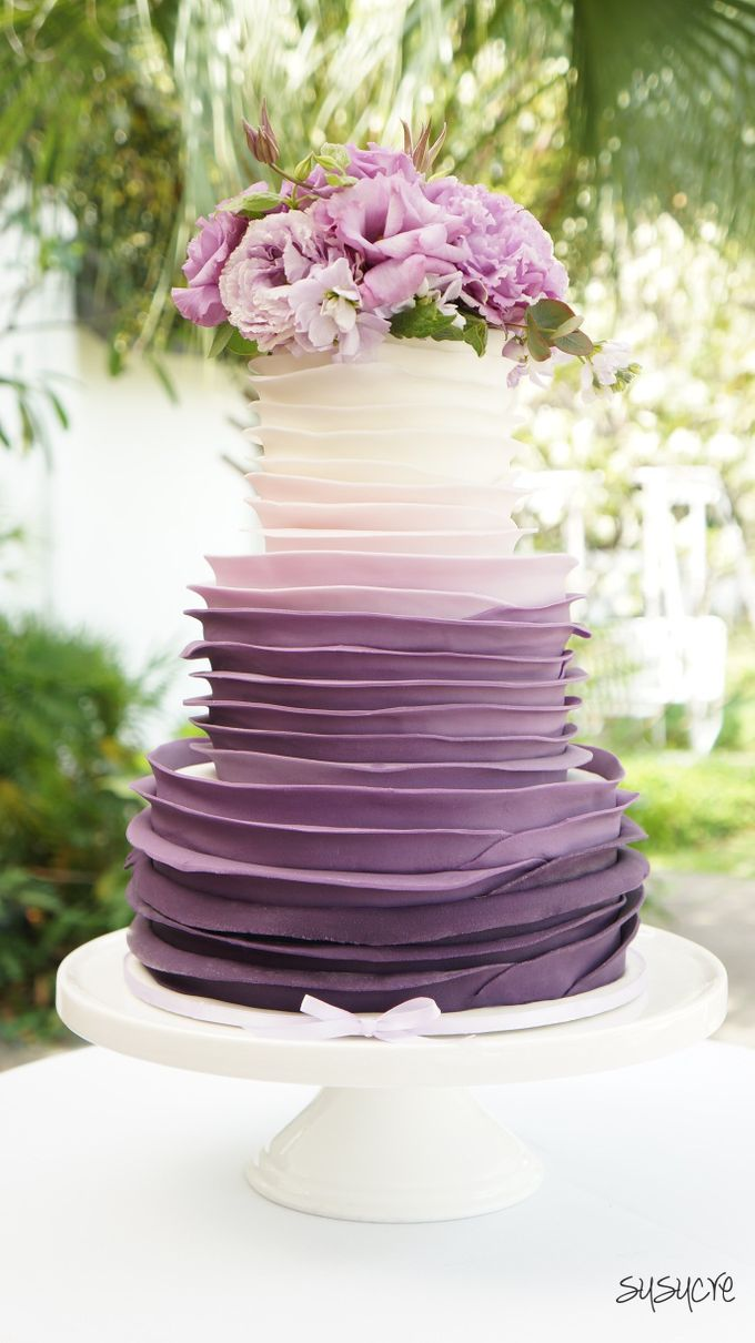 Add To Board Three Tier Wedding Cakes By Susucre Pte Ltd