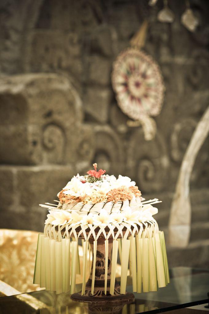 Simple Balinese Decoration Setup by Wapa Di Ume - 001
