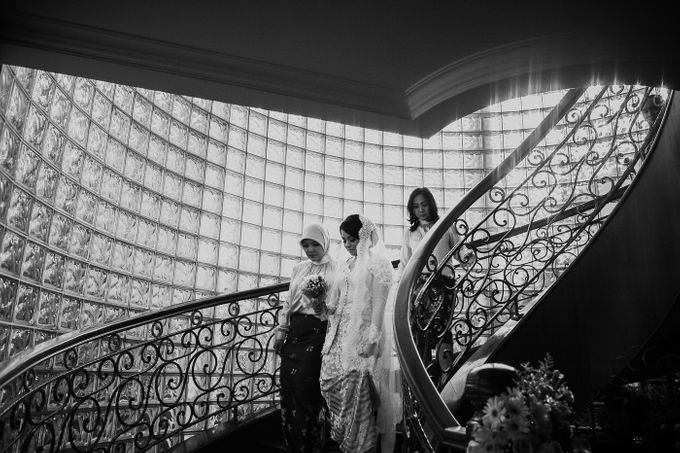 Ima & Aza wedding by Barli Asmara Couture - 002