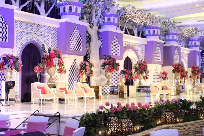 Wedding at HARRIS CONVENTION HALL by HARRIS HOTEL & CONVENTION FESTIVAL CITYLINK BANDUNG - 004