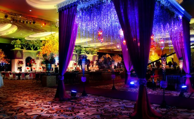 Wedding at HARRIS CONVENTION HALL by HARRIS HOTEL & CONVENTION FESTIVAL CITYLINK BANDUNG - 003