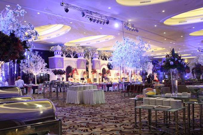 Wedding at HARRIS CONVENTION HALL by HARRIS HOTEL & CONVENTION FESTIVAL CITYLINK BANDUNG - 005