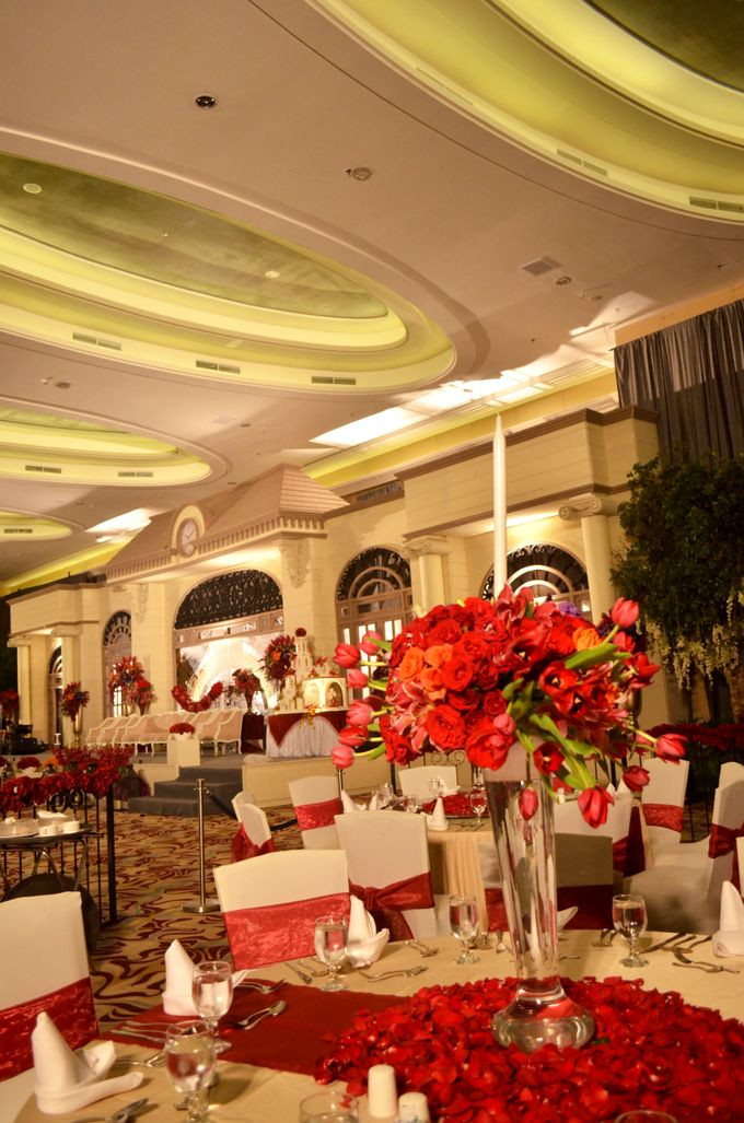 Wedding at HARRIS CONVENTION HALL by HARRIS HOTEL & CONVENTION FESTIVAL CITYLINK BANDUNG - 007