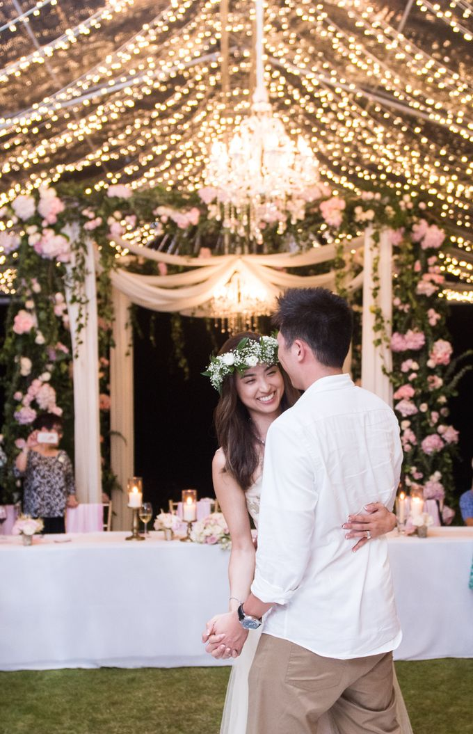 Michelle and Ian's Romantic and Classy Wedding Soiree by IAMFLOWER - 010