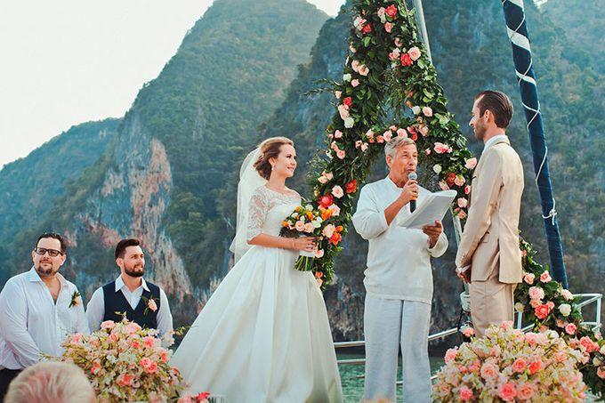 GLAMOROUS YACHT-WEDDING ON BOARD by Wedding Boutique Phuket - 009