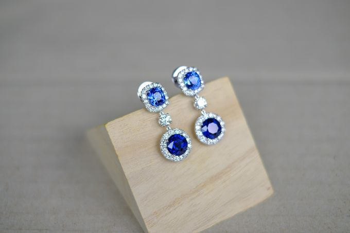 Bespoke Unheated Sapphire Wedding Earrings by Heritage Gems Singapore - 005