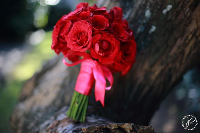 Hand Bouquet by Jc Florist Bali - 010