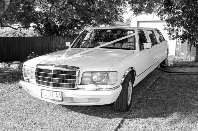 Mercedes 7 seat Classic Stretch Limousines by Tic Tac Tours & Premier Limousines - 004