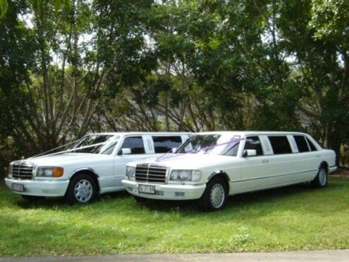 Mercedes 7 seat Classic Stretch Limousines by Tic Tac Tours & Premier Limousines - 009