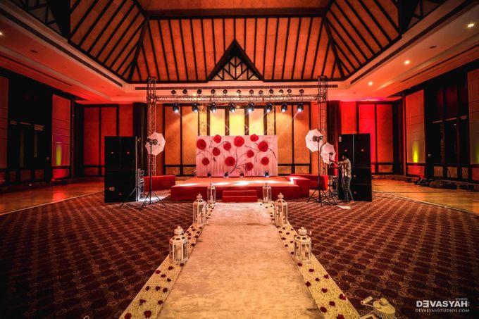 A Beautiful Destination Wedding of Anisha & Aditya by Devasyah: Studios - 011