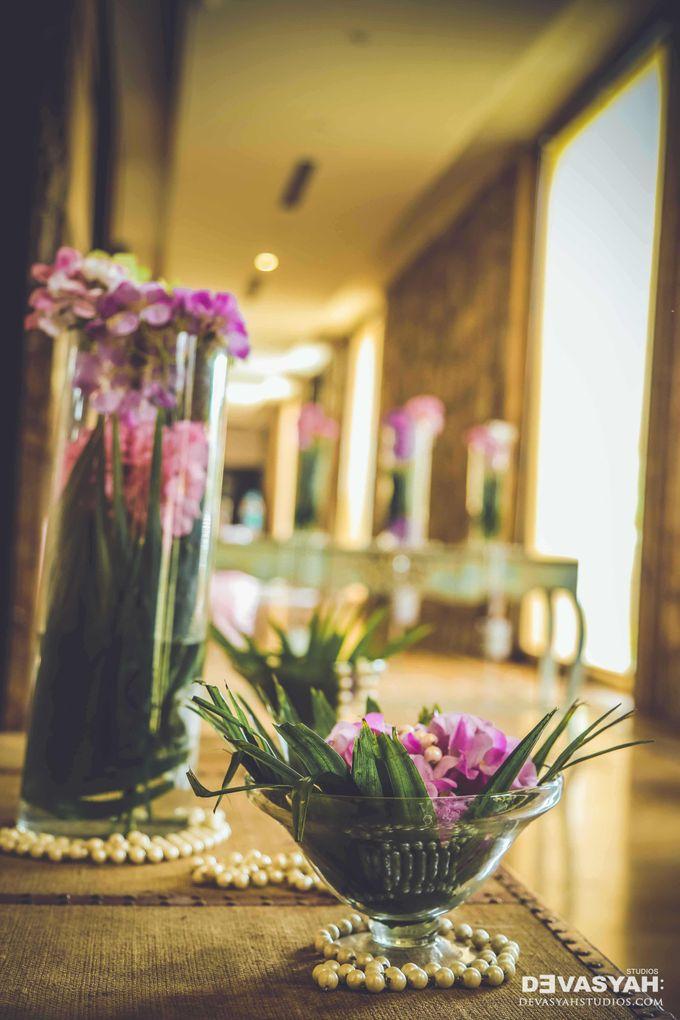 A Beautiful Destination Wedding of Anisha & Aditya by Devasyah: Studios - 029
