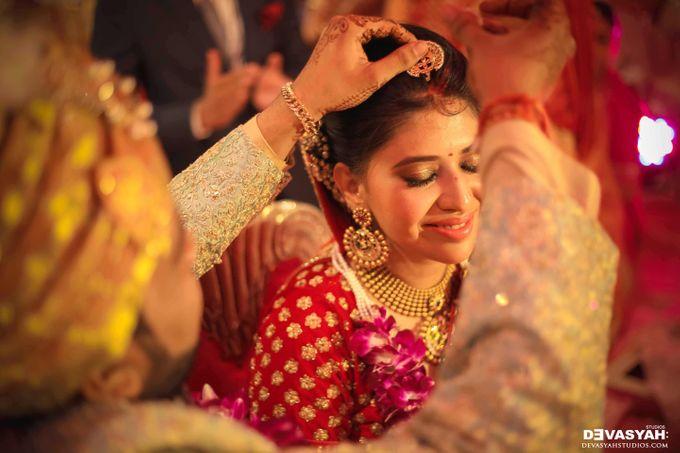 A Beautiful Destination Wedding of Anisha & Aditya by Devasyah: Studios - 044