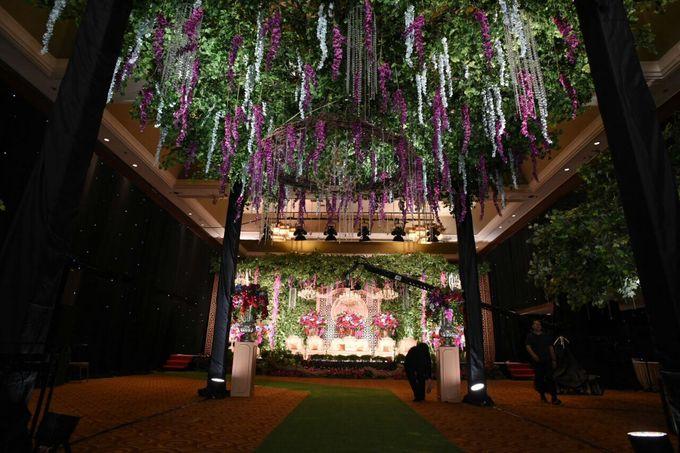 DECORATION & LIGHTING by Bonzai Decoration - 004