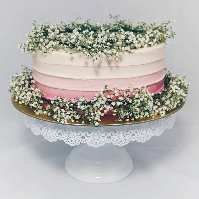 Floral Botanical Wedding Cake by Orange Maple Bakery - 005