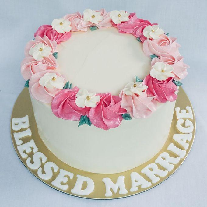 Floral Botanical Wedding Cake by Orange Maple Bakery - 007