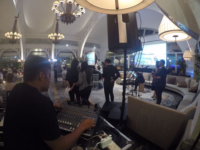 THE CLIFFORD PIER - FULLERTON HOTEL by PANDEMIC MUSIC - 011