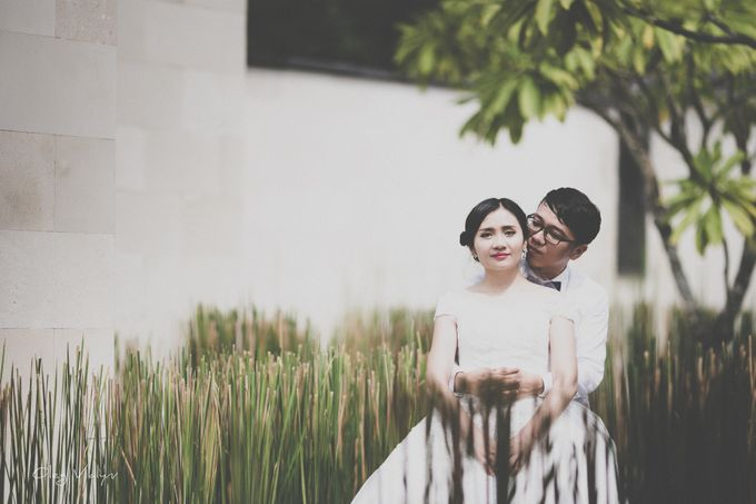 wu song prewedding photoshoot by Valyn Photography - 037
