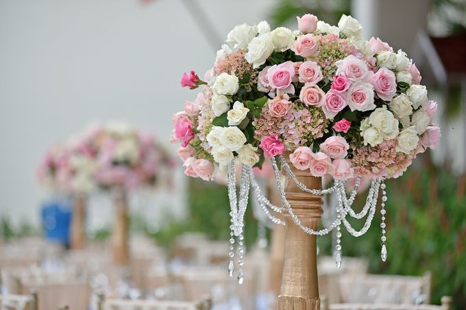 Elegant Wedding for Donna & Ricky by magical blossoms - 012