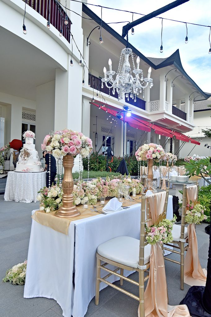 Elegant Wedding for Donna & Ricky by magical blossoms - 016