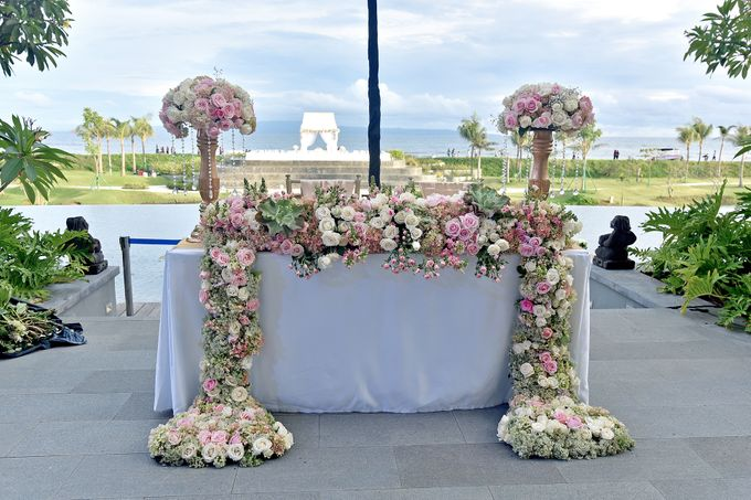 Elegant Wedding for Donna & Ricky by magical blossoms - 017